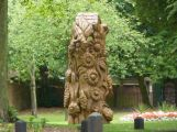 Stevens-Wollescote-Park-Stourbridge-Wooden-Sculpture-2